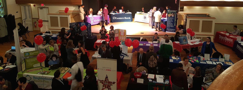 La Primera Feria Laboral de IBA: Todo un Éxito