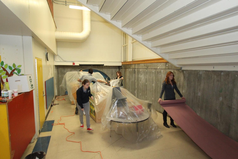 Home Depot Ayuda a IBA Reconstruyendo Espacio Extracurricular