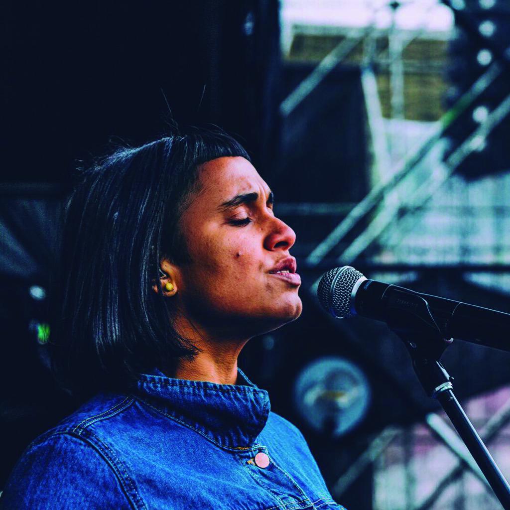Kianí y Jerry Medina: Traigo de todo concert